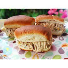 Que tal uma pastinha de Frango delicia pra aquele sanduíche?! Vem aprender a minha https://tudoquevale.wordpress.com/2015/11/09/sanduiche-de-frango-cremoso/  click no link da BIO.  #tudoquevaleblog #receitaboa #lanchinho #minhagastronomia #minhasreceitas #gastronomy #instafood #ilovefood #culinary #querico #rj #br #panelaterapia #cozinhandocomamor