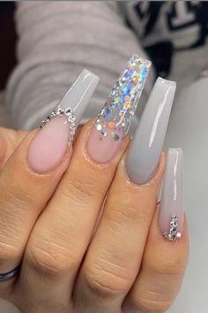 White Glitter Nails, White Coffin Nails, Pink Ombre Nails, White Acrylic Nails, White Nail Designs, Acrylic Nail Designs, Nail Symptoms, Graduation Nails, Ballerina Nails