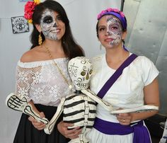 Australia's Mexican community observed the Mexican celebration of the day of the dead. The festival is celebrated on 1st and 2nd November in Mexico to honour the deceased.