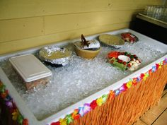 keep your colds cool this summer! Tables, Success, Cold, Drink, Cool Stuff, Party, Summer, Mesas, Beverage