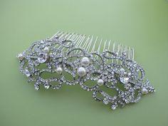 Crystal and Pearl Bridal Hair Comb, Vintage Style Wedding Hair Comb, Silver Bow Bridal Hair Comb, Bridal Wedding Hair Accessories