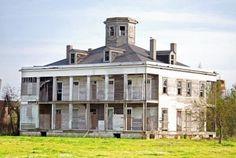 Amazing Abandoned Plantation House