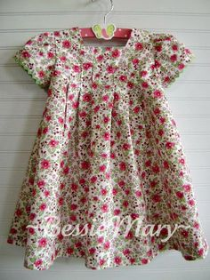 This is Lizzy, a new pattern from Bonnie Blue Designs.   I used a raspberry and pink floral from Fabric Finders.   While I love this fa...