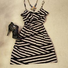 Stripes Dress Girlie and gorgeous! Elastic waist so it's forgiving :). Soprano Dresses Mini
