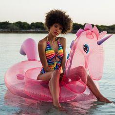 Flamingo Float, Flamingo Pool, Pink Flamingos, Kristina Bach, Mermaid Float, Copacabana Beach, Pool Party Decorations, Pool Floats, Venice Beach