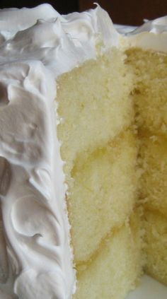 Double Lemon Cake with Fluffy Boiled Icing