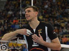 """Polubienia: 297, komentarze: 1 – Witamy Cię w naszym świecie ! (@wenevergiveup_) na Instagramie: """"Mariusz żegna rok 2017 #siatkówka #siatkowka #volei #voleibol #pallavolo #volley #volleyball…"""""""