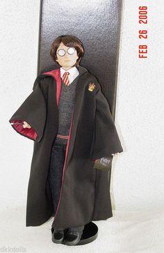 Still available as a Buy-It-Now item on Ebay. Tonner Harry Potter at Hogwarts Doll 2005, New, MIB #Tonner #LargeHarryPotterDollCharacterFigureTonner