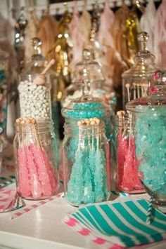 Fill jars with turquoise and pink rock candy and place on your Shimmer and Shine party table spread! They resemble the gems and jewels all over Zahramay Falls and your preschooler and their friends will love this special, sweet party treat. Candy Bar Wedding, Wedding Desserts, Wedding Decorations, Sweet 16 Decorations, Stage Decorations, Wedding Centerpieces, Sweet Sixteen, Bar A Bonbon, Festa Party