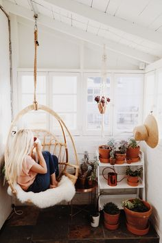 Home tour - tayler gunn comfort in a concept in 2019 домашни Modern Interior Design, Interior Architecture, Loft, Retro Home Decor, Dream Rooms, Cozy House, My Room, Boho Decor, Living Spaces