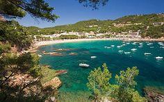 Best beaches on the Costa Brava, Spain: Platja de Llafranc, Llafranc