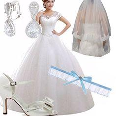 Non hai soldi, ma non vuoi rinunciare al tuo abito bianco per andare a nozze? Eccoti accontentata! Abito ampio, scarpe con fiocco, velo, orecchini gioiello e giarrettiera portafortuna. La più bella sarai tu!