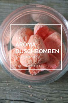 DIY aroma shower bombs are made very easily. Treat yourself . Informations About DIY - Aroma Dusch Organic Skin Care, Natural Skin Care, Diy Beauty, Beauty Hacks, Beauty Care, Shower Bombs, Presents For Boyfriend, Diy Skin Care, Diy Mask