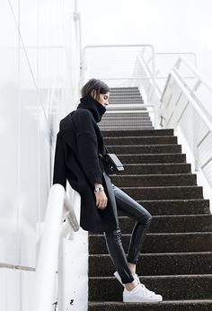 A Blogger-Approved Black Look For Winter