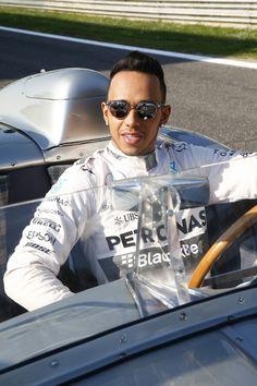 Lewis Hamilton Mercedes-Benz Classic Monza Mercedes Lewis, Mercedes Amg, Sterling Moss, Lewis Hamilton Formula 1, Spanish Grand Prix, Amg Petronas, Nico Rosberg, Fastest Man, Classic Mercedes