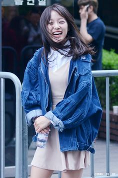 favorite member on IOI, Kim SeJeong! Kim So Eun, Kim Sejeong, Kim Jung, Kpop Fashion, Asian Fashion, Girl Fashion, South Korean Girls, Korean Girl Groups, Kpop Outfits
