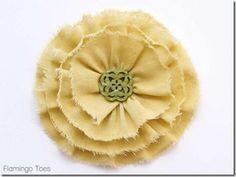 Shabby-Ruffled-Flower-795x596