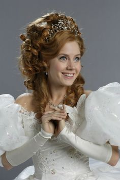 *GISELLE (played by: Amy Adams) ~ 'Enchanted', 2007