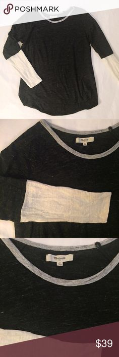 "Madewell Deep Charcoal and Ivory Linen Tee Gently worn- still in great condition! Size medium, true to size. Approximately 25""-25.5"" in length, 20"" underarm to underarm! Super comfy, lightweight relaxed feel! Madewell Tops Tees - Long Sleeve"