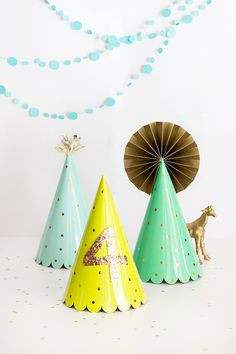 Super cute DIY with Oh Joy party hats!