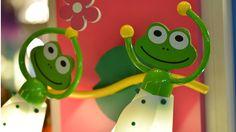 Wandlampe für Märchenfans: Prinz Frog bei Möbel Mahler #lamp #Frosch #green #gruen