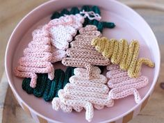 Christmas Time, Christmas Stuff, String Art, Diy Kits, Couture, Crochet Earrings, Crafty, Knitting, French