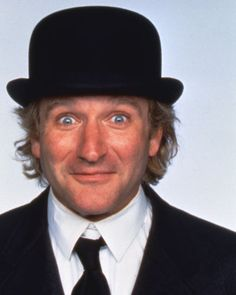 Toys-Robin-Williams-Portrait-Wearing-Black-Hat-8x10-Photo-20x25cm