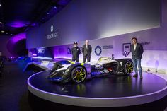 Roborace unwraps its driverless electric car