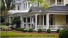 Love wrap around porches