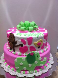 Baby shower cake with elephant