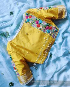 Blouse Back Neck Designs, Blouse Designs, Latest Blouse Patterns, Baby Girl Names Spanish, Insta Save, Embroidery Designs, Hand Embroidery, Work Blouse, Blouse Styles