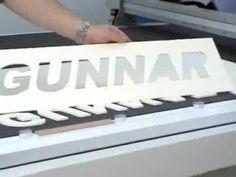Gunnar CMC 4001 Computerized Mat Cutter - 5mm (12ply) thick matboard cutting capacity - YouTube