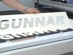 Gunnar CMC 4001 Computerized Mat Cutter - 5mm (12ply) thick matboard cutting capacity - YouTube
