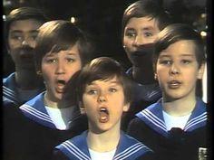 Stille Nacht, Heilige Nacht mit den Wiener Sängerknaben (1977) - YouTube