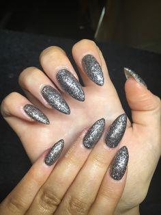 How long do calgel nails last
