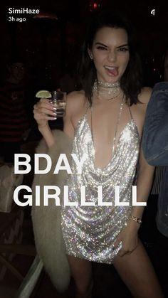 Kendall Jenner 11/02/16