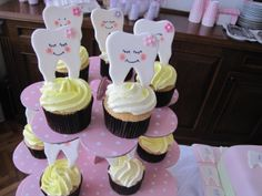 first tooth party cupcakes