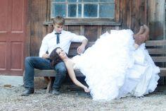 Inspiration For A Sunflower Country Wedding   rusticweddingchic.com