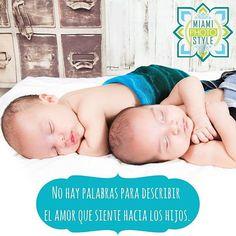 #MiamiPhotoStyle  No hay palabras para describir el amor hacia los hijos. Pero si hay fotografía que muestra su ternura. #baby #pictures #bebés #miami #gemelos