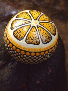 Lemon Citrus Stone / Painted Rock / Hand Painted Fruit Rock / Citrus Fruit Series / Leslie Peery