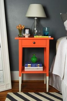 Katie's DIY dipped nightstand Ikea Hemnes nightstand hack - Fox Home Design Ikea Hacks, Ikea Hemnes Nightstand, Nightstand Ideas, Bedside Table Ikea, Ikea Side Table, Nightstands, Furniture Makeover, Diy Furniture, Diy Casa