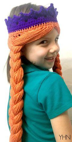 Frozen Anna Crown with Hair - Free crochet Pattern at Yarnhookneedles Frozen Crochet Hat, Crochet Princess, Crochet Disney, Crochet For Kids, Free Crochet, Crochet Crown, Crochet Wigs, Hat Crochet, Elsa Hair