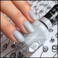 I this miracle gel polish! Sally Hansen Miracle Gel Swatches: Oh Yes Indeed, All 47 Shades Opi Gel Nails, Gel Nail Art, Gel Nail Polish, My Nails, Nail Polishes, Oval Nails, Matte Nails, Acrylic Nails, Sally Hansen Miracle Gel