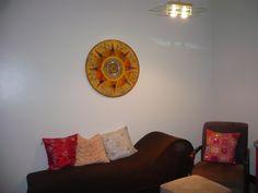 Mandala Energia  Pura -com detalhes em fios de seda dourado -70cm de diâmetro