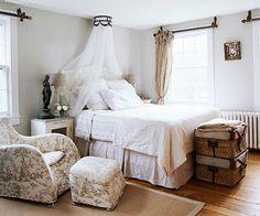 RENOVATED CLASSIC 32 (p 47.) | Decorating your home is facilisimo.com