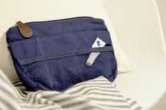 Heinässä heiluvassa: Luukku 7. ★ Insjö - laukku laukun sisällä