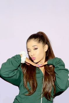 Image about ariana grande in Abg by carolineee Ariana Grande Selfie, Ariana Grande Photoshoot, Ariana Grande Pictures, Ponytail Girl, Perfect Sisters, Ariana Grande Wallpaper, Dangerous Woman, Beautiful Voice, Perfect Woman