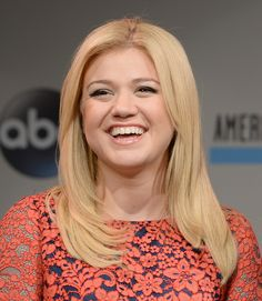 Too Cute!: Kelly Clarkson Gushes About Son Remington, Reveals He's Her Last Baby!