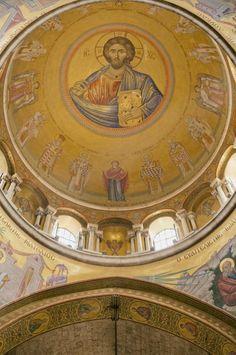 Painted Jesue at Church of the Holy Sepulchre - Entouriste World Peace, Holy Land, Old City, Beautiful Architecture, Pilgrimage, Middle East, Wander, Israel, Catholic