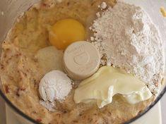 Torta de Plátano Maduro - AntojandoAndo Banana Recipes, My Recipes, Favorite Recipes, Pan Cookies, Banana Dessert, Colombian Food, Bread Bun, Bread Machine Recipes, Sweet Pie